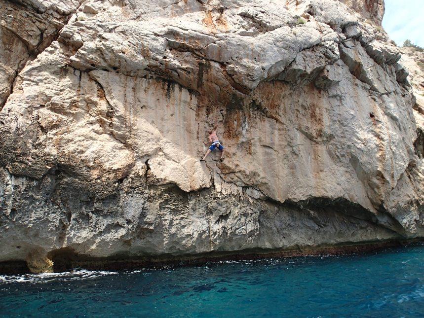 Deep Water Solo at Calla Portitxol Ibiza